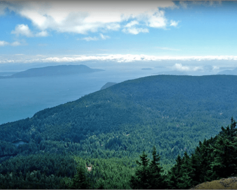 Scenic view from the top of Mount Constitution on Orcas Island.
